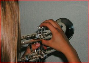 Trumpet Right Hand Position