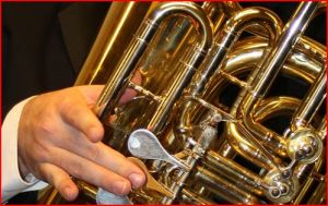 Tuba Right Hand Position
